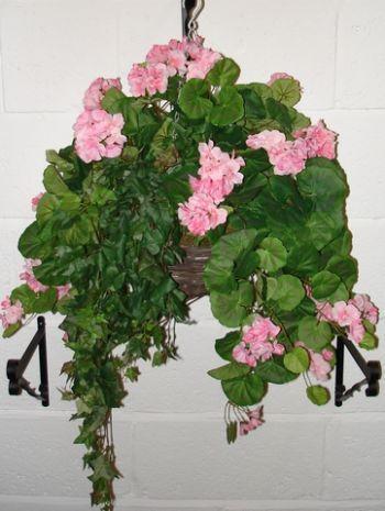 Geranium Silk Baskets