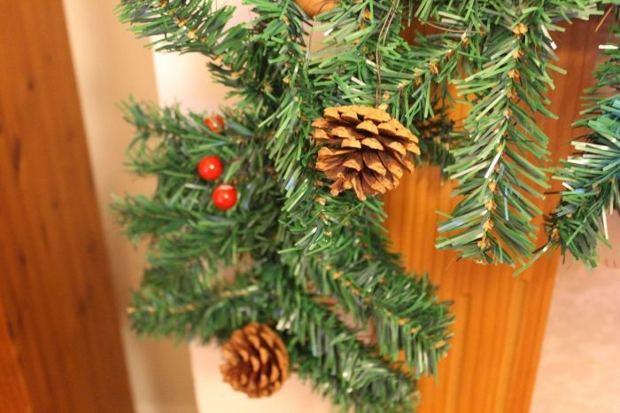 Artificial Christmas Pine Garland With Berries And Cones