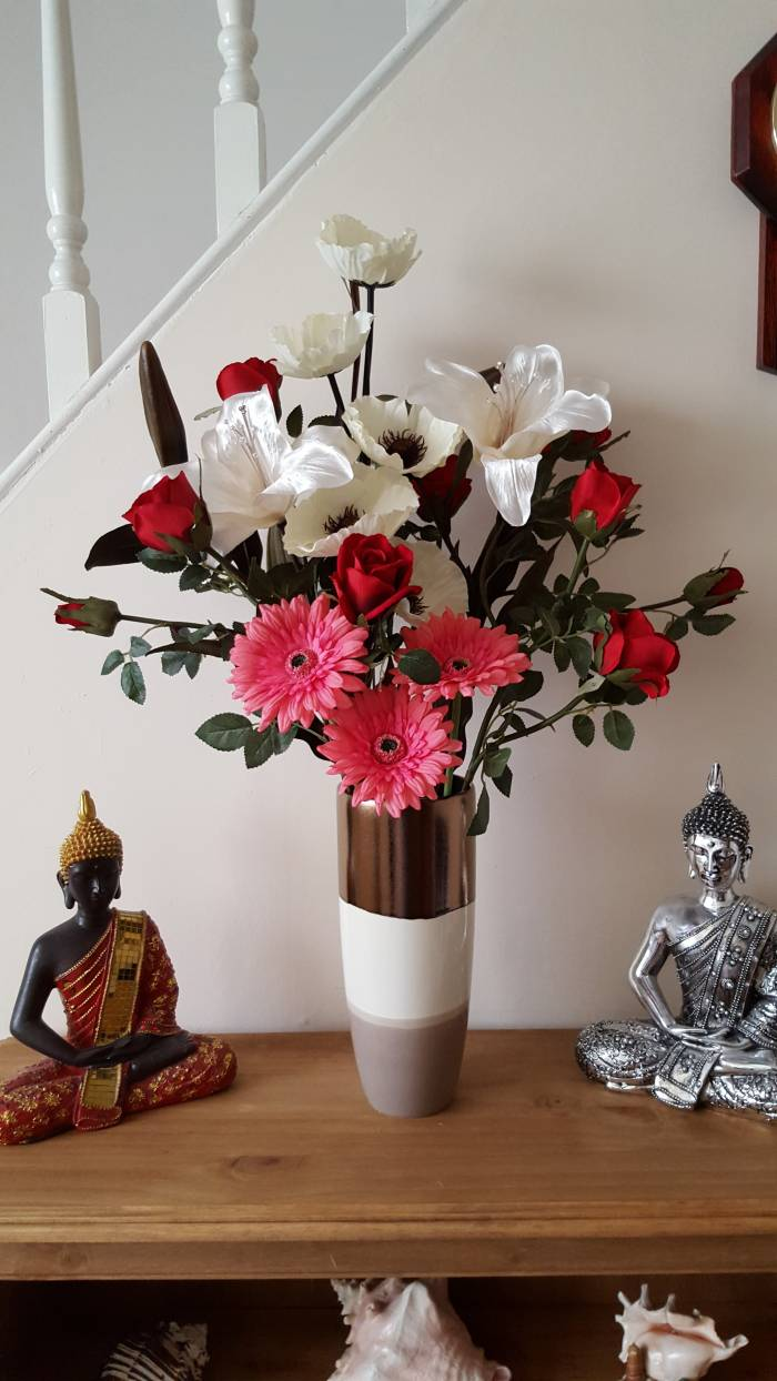 Showing our artificial silk Deluxe Gerbera in an arrangement, sent in by one of our customers